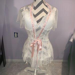 Gorgeous white & pink bridal lingerie set